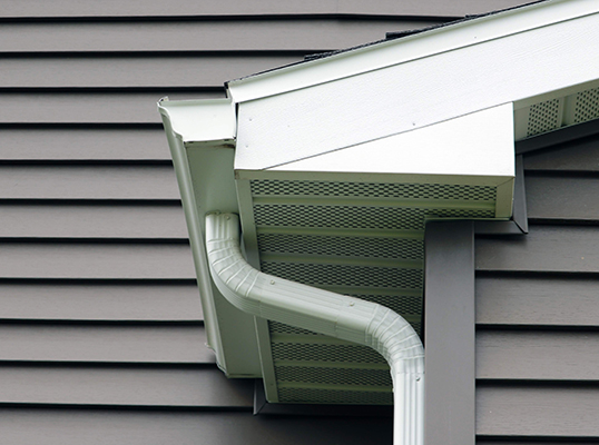 aluminum gutter and soffit