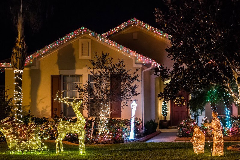How to do Outdoor Holiday Decorating the Safe Way - Residential Christmas Light Installation - Decorating Safety